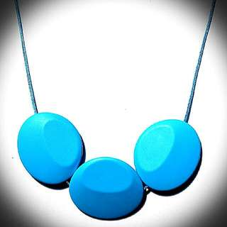 Peacemaker Jewelry Tri-Stone Silicone Teething Necklace For Mummy