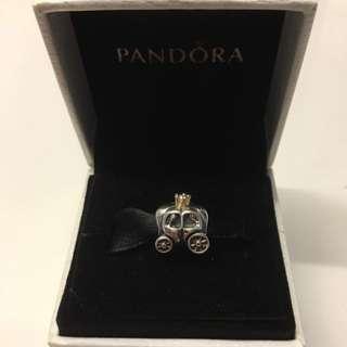 Pandora - Royal Carriage Charm