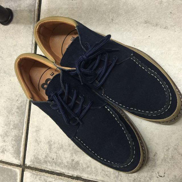 鞋子9.5號