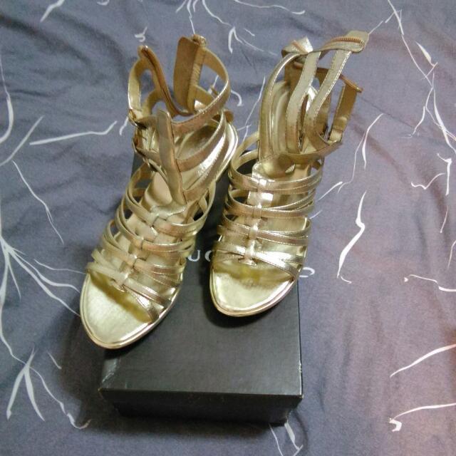 全新真皮百貨公司BIGI購買的女鞋