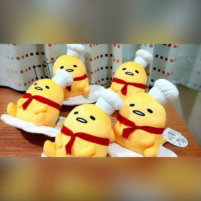 Coco馬日本代購~日本三麗鷗正版~ 蛋黃哥 慵懶蛋 料理小廚師 卡哇伊 抱枕 娃娃 公仔