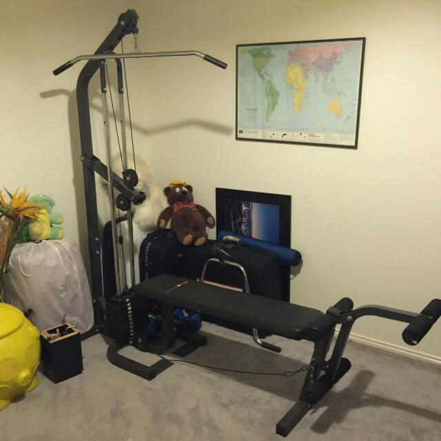 Home gym / weight set