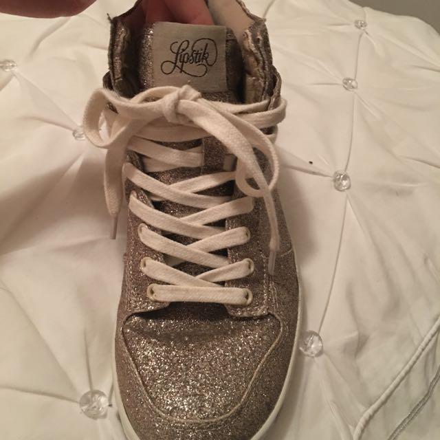 Lipstik Shoes Sneakers