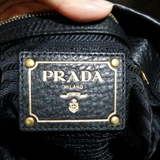 ea343e409746 Prada Tessuto & Vit Daino Tote Bag BR4420 Black, Luxury on Carousell