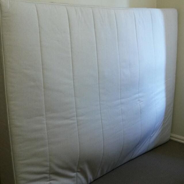 Queen size mattress Sultan negotiable