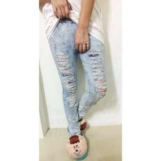 二手✨skinny 顯瘦淺藍牛仔褲