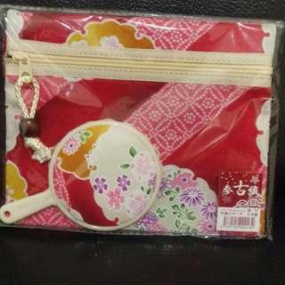 日本帶回小化妝包(附小鏡子)