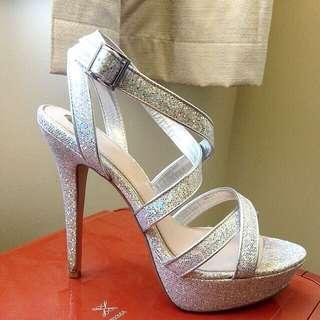 Zu Glitter Platform Heels Size 9