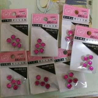 鑲鑽創意粉紅爪釘