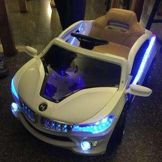 小孩最愛的跑車。  大降價