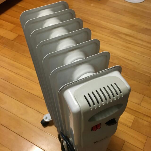 惠而浦葉片式(7片)電暖爐1500W暖冬大優惠