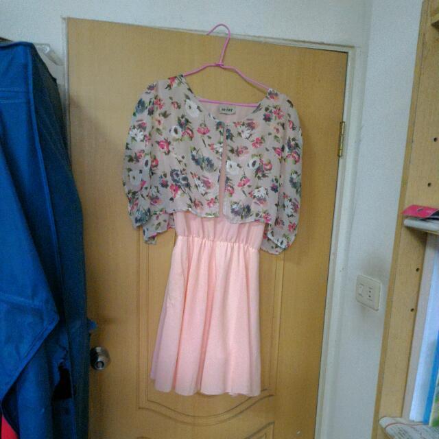 花朵披肩雪紡洋裝