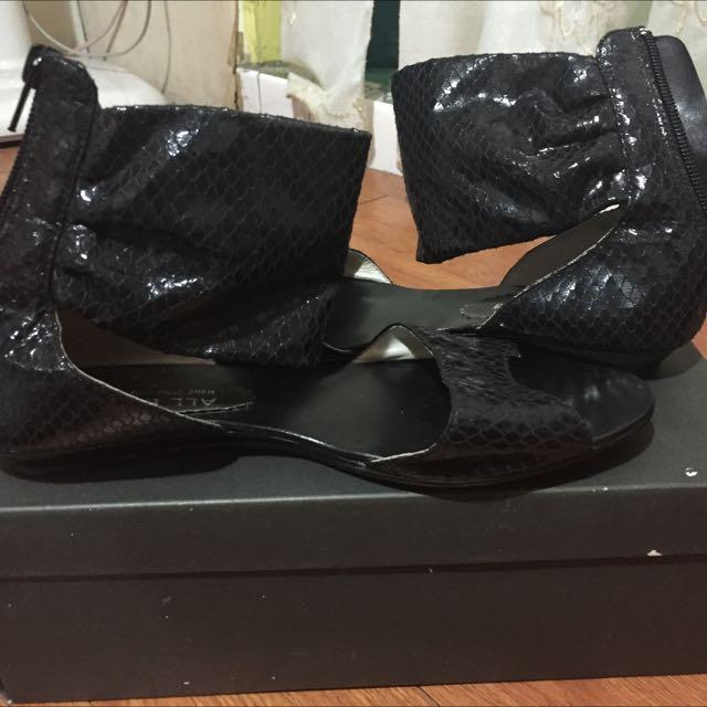 鱗片羅馬拉鍊涼鞋