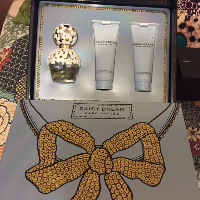 Daisy Dream Marc Jacobs Set