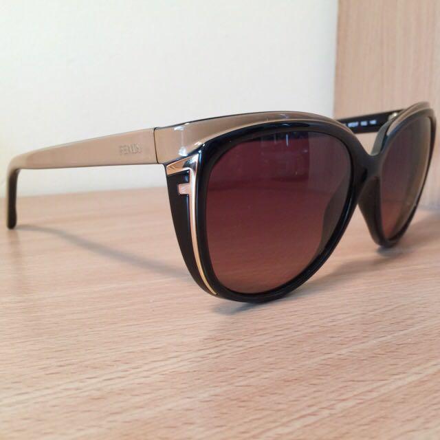 Fendi FS5283 002 140 Sunglasses