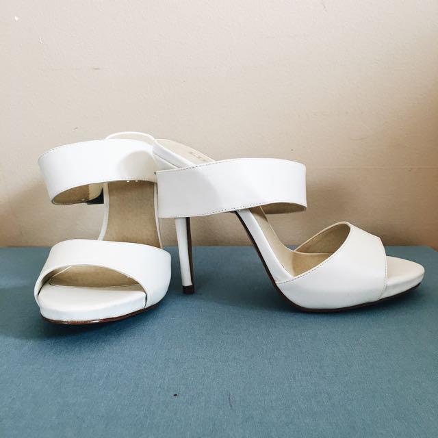 LIPSTIK White Strappy High Heels