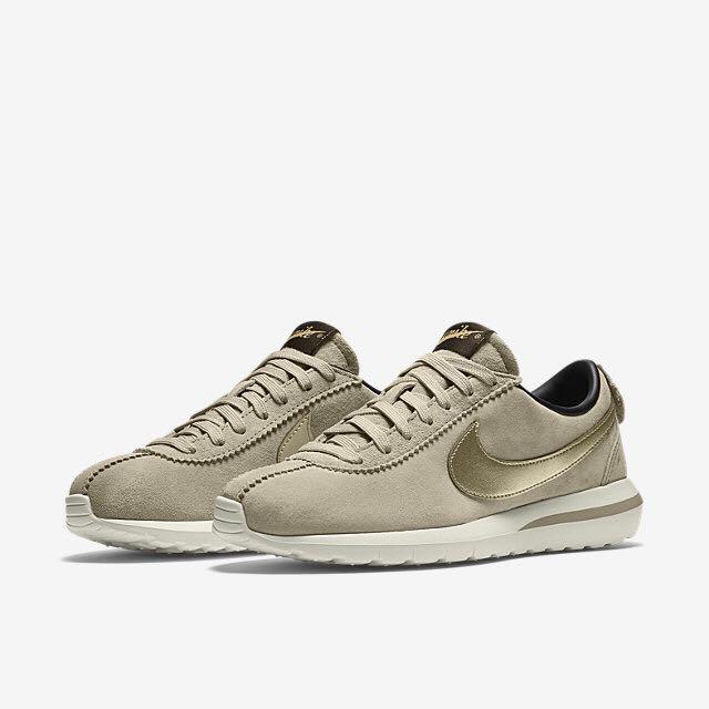Nike Roshe Cortez Women's Shoes String/Dark Storm/Sail/Metallic Gold Grain