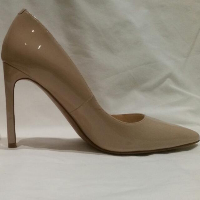 Nine West - Nude Heels