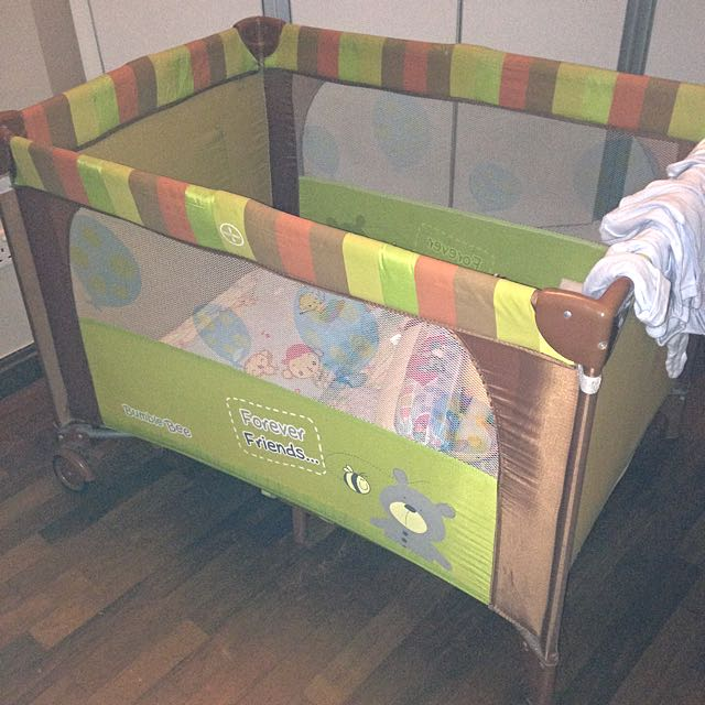 Playpen With Latex Mattress