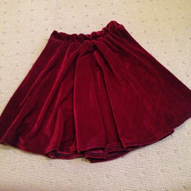 Red Velvet Skirt Size 6