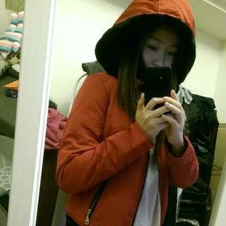全新 可愛紅色休閒外套 內絨毛 帽可拆