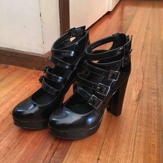 Size 7-8 Heels Shoes