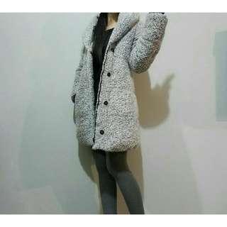 (實穿照)日本_質感灰白粉色圈圈毛大衣外套