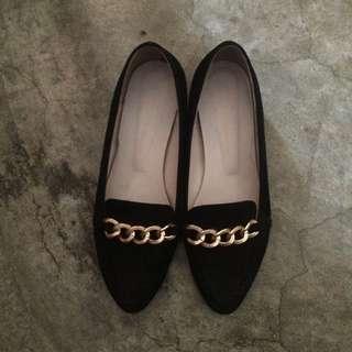 金鏈低粗跟尖頭鞋