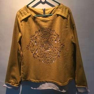 二手韓版駝色雕花假兩件寬版上衣