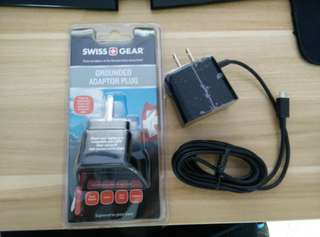 Blackberry Folding Blade Charger MicroUSB 1.8A With Swiss Gear Travel Adaptor