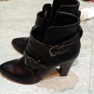 正韓超顯瘦粗高根鞋