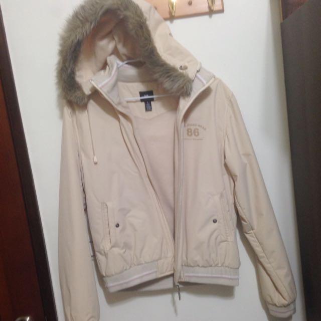米白色鋪棉連帽外套