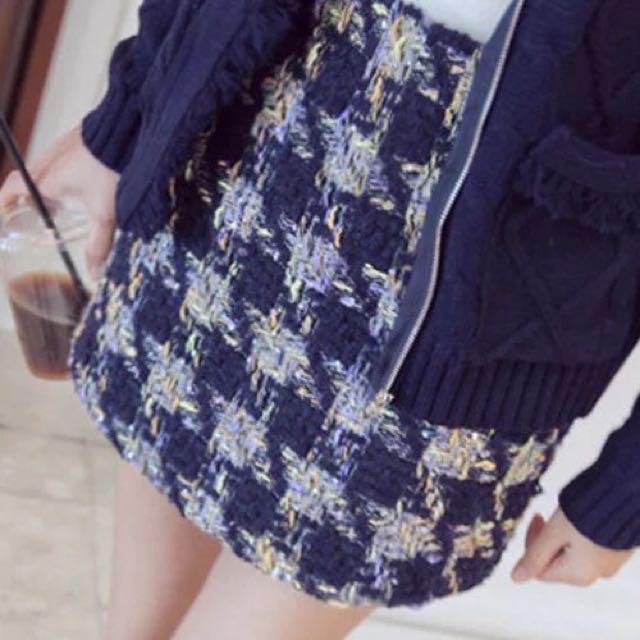 正韓香奈兒風格深藍金蔥毛呢短裙