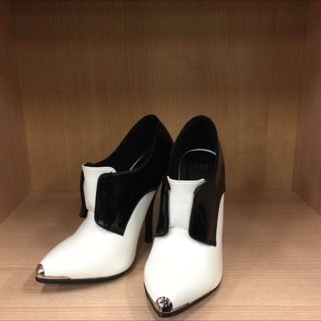 ASOS女性高跟鞋 全新 22號
