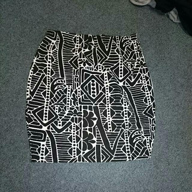 Black And White Patterned Tribal Skirt