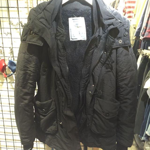 N3B 保暖外套