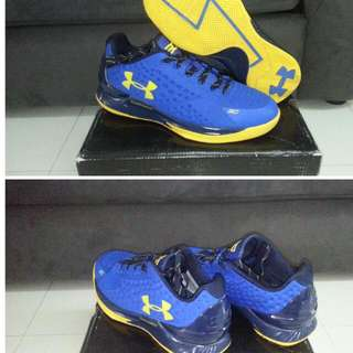 Under Armour curry one low shoes (received as gift, worn once)