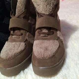 溫暖毛毛靴【全新】