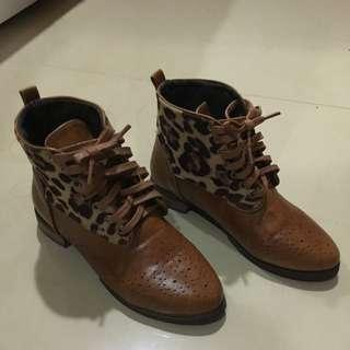 二手豹紋短靴(偏窄)
