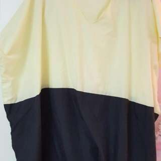 V Cut 10xL Blouse