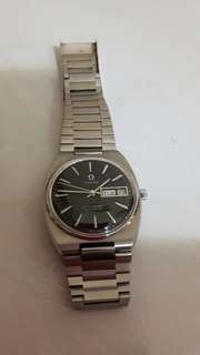 Omega Men's Automatic Watch - Silver