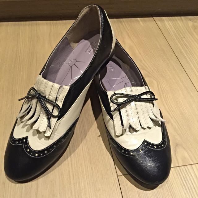 阿瘦真皮學士風鞋👟