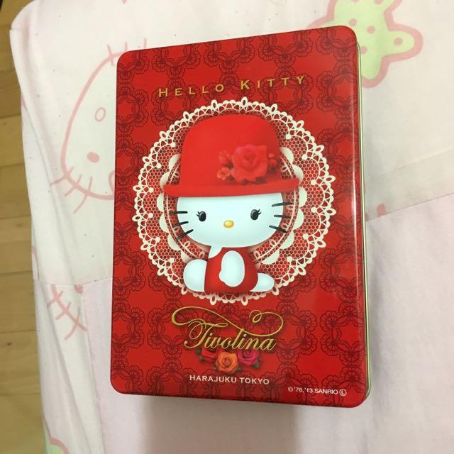 Hello Kitty X 高帽子喜餅鐵盒