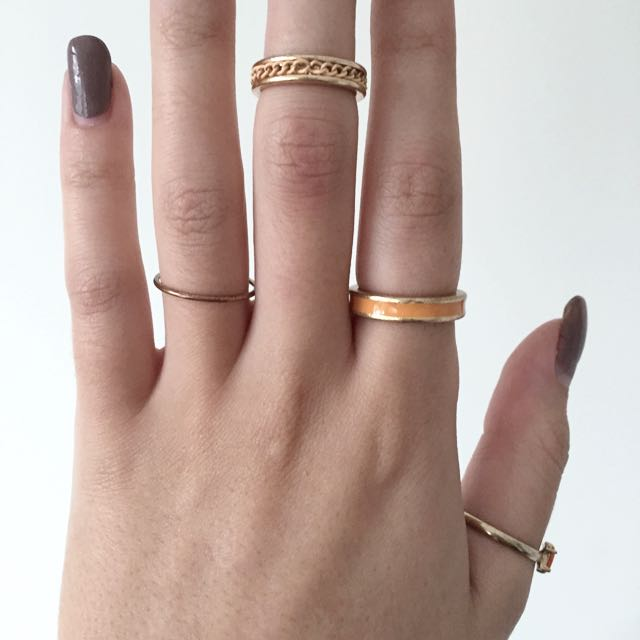 Peach Chain Midi Ring