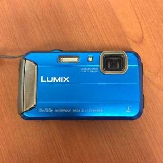 Panasonic DMC-TS30 防水,防塵,防摔相機 全新未拆封