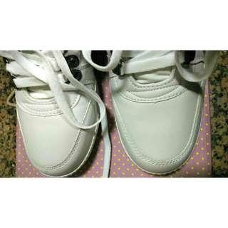 全新FM韓國空運白色內增高球鞋