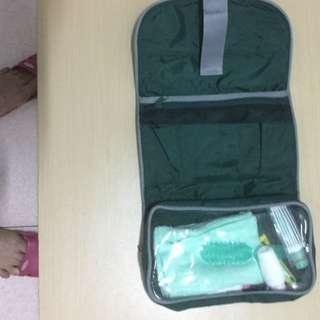 旅行盥洗用品攜帶包