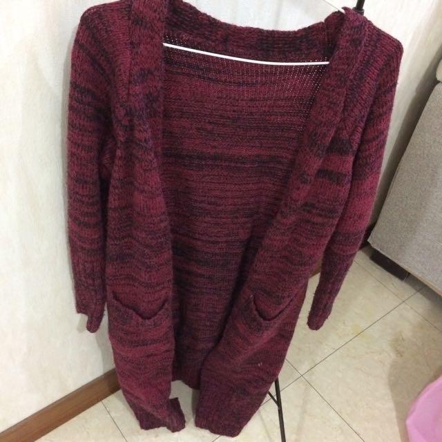 長版厚質酒紅針織衫