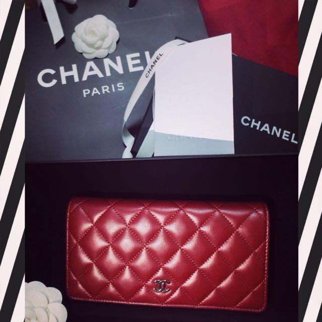 超美暗紅Chanel小羊皮長夾