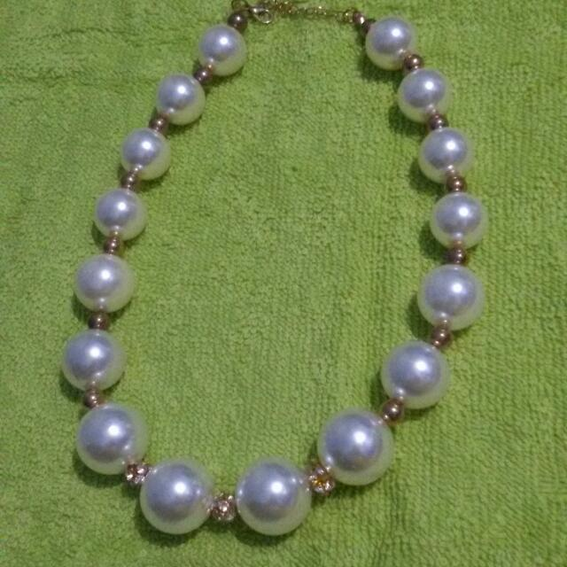 Sale 20% - Pearl Necklace